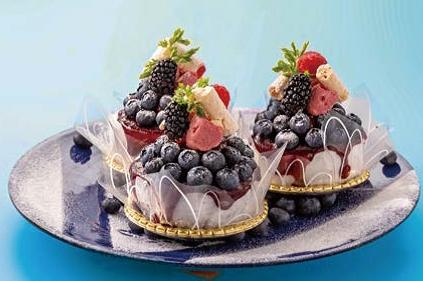 今が旬!フレッシュブルーベリーのロールケーキ